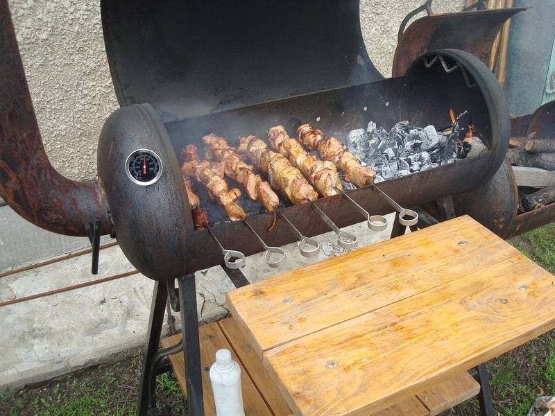 Как выбрать мангал для приготовления мяса