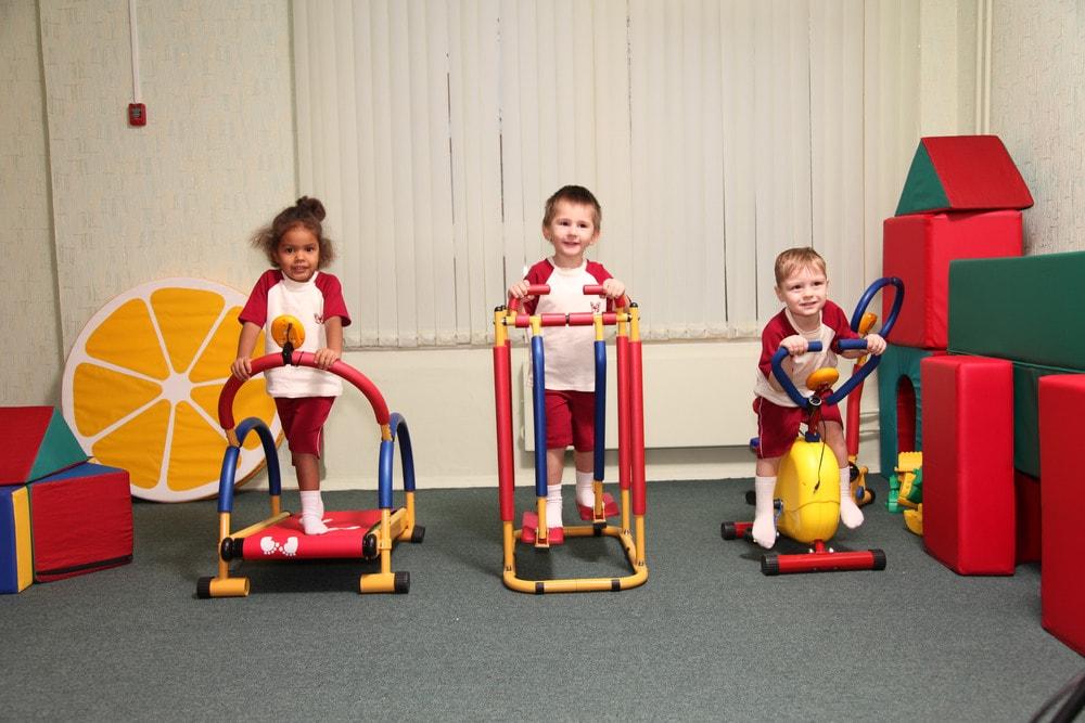 Тренажерный зал для детей: с чего начать